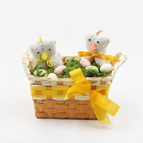 cestino di Pasqua con pulcini